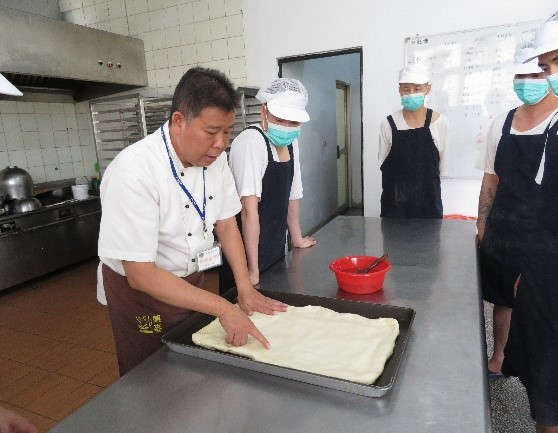 baking bread training2